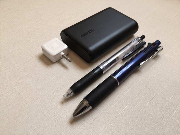 Anker powercore10000 サイズ比較