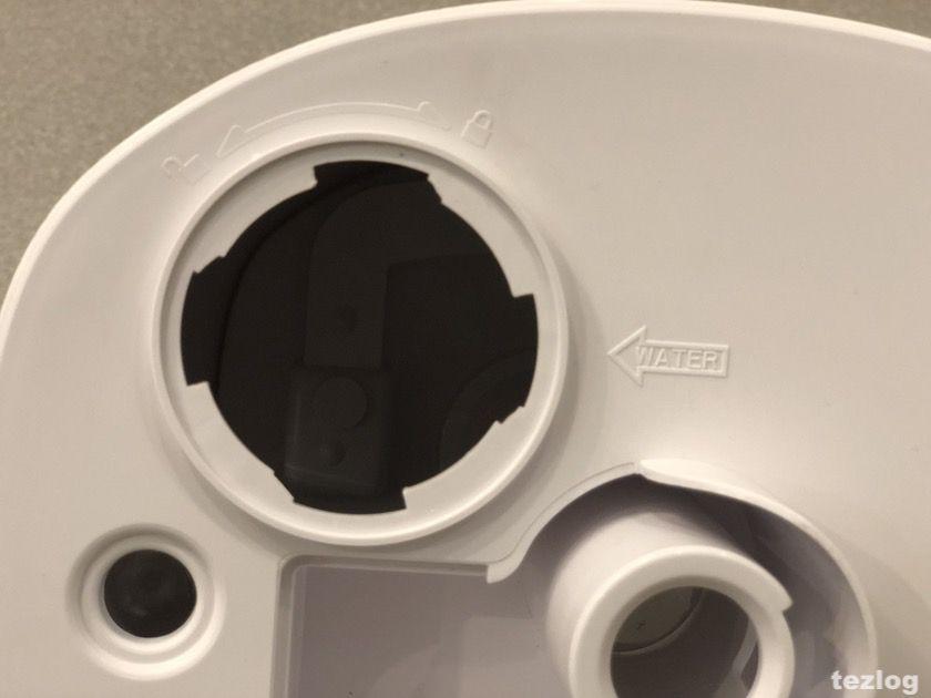 TaoTronics 加湿器 tt-ah007 吸水口の蓋を外したところ
