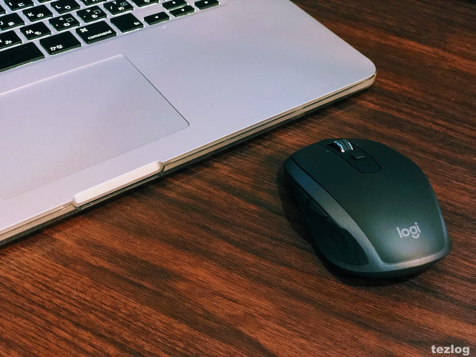 Logicool ワイヤレスモバイルマウス MX ANYWHERE 2Sのパッケージ Logicool ワイヤレスモバイルマウス MX ANYWHERE 2SとMacbook Pro