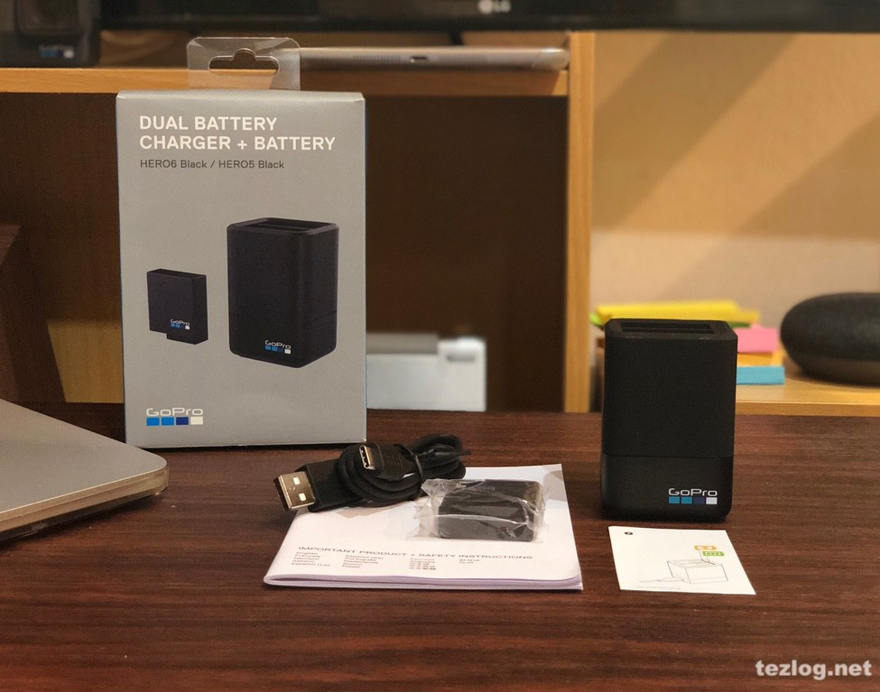 GoPro Hero6用デュアル バッテリー チャージャー AADBD-001-AS 本体と付属品一式