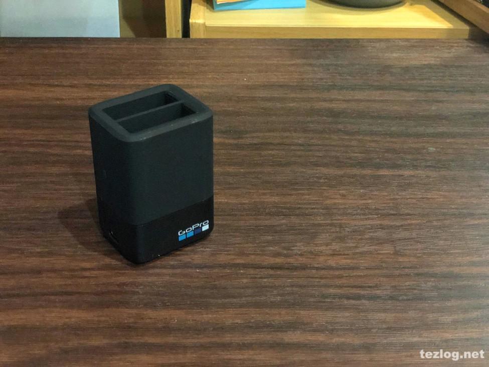 GoPro Hero6用デュアル バッテリー チャージャー AADBD-001-AS