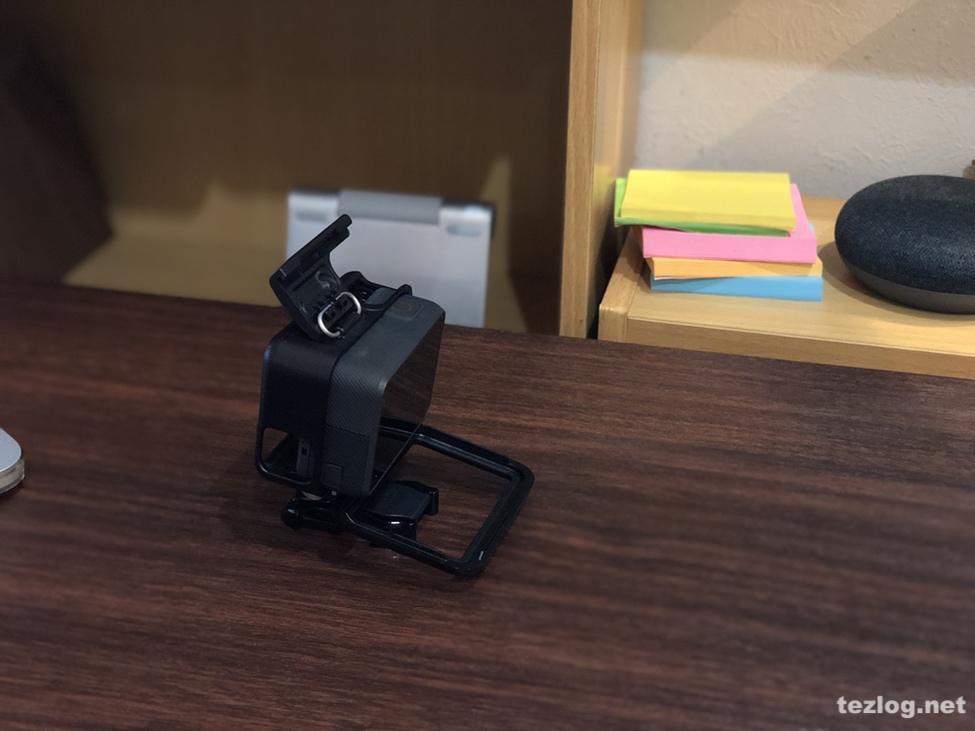 GoPro Hero6と付属のフレームの開け方