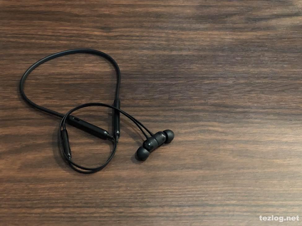 BeatsX AppleのBluetoothイヤフォン