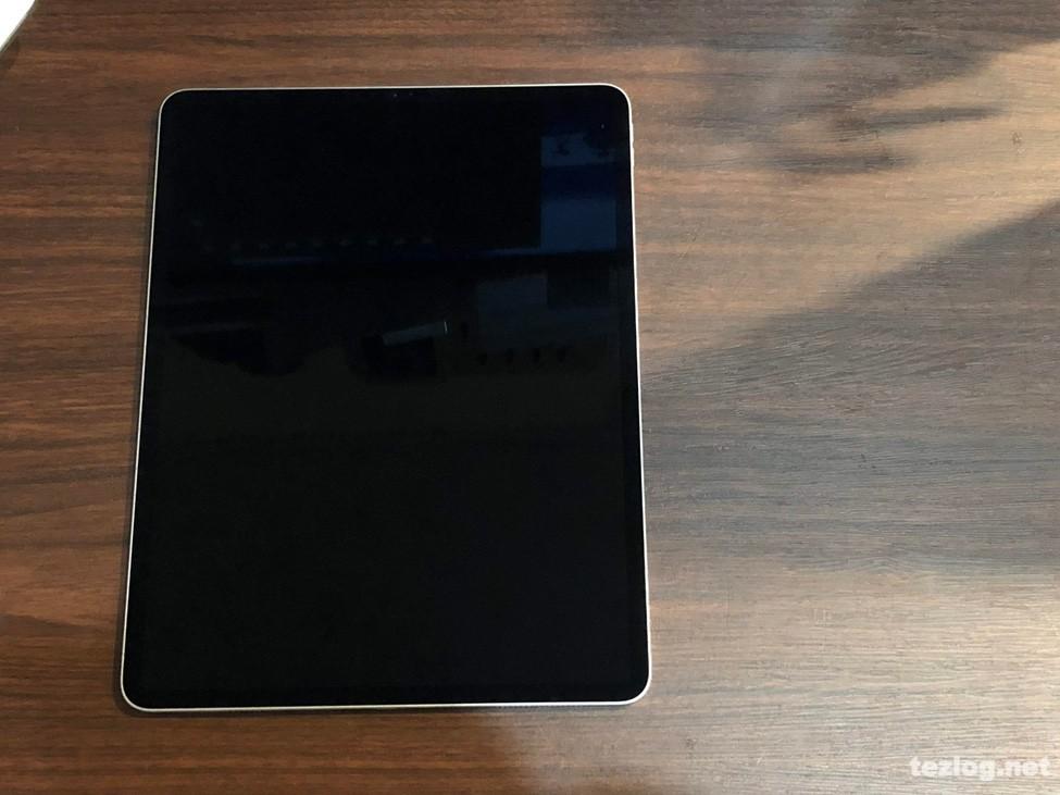 iPad Pro 12.9inti 第3世代 2018モデル 256GB シルバー Wi-FIモデル