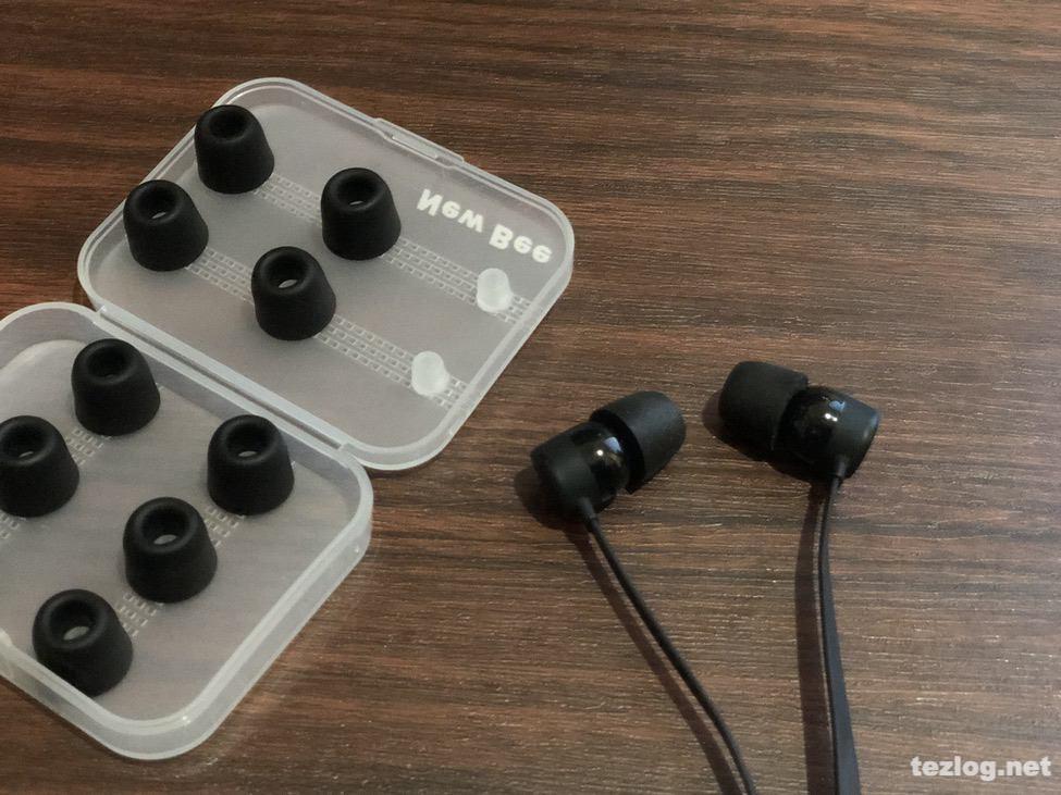 コンプライの様な低反発ウレタン イヤーピース 6セット入りでケース付き Bluetoothイヤフォン BeatsXに装着