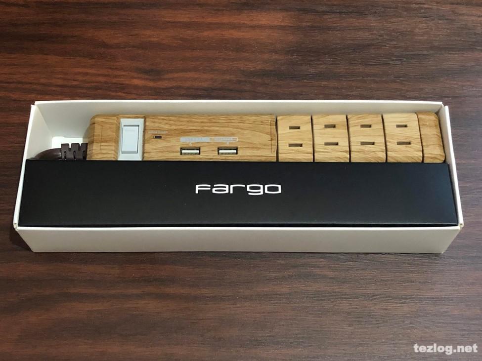 Fargo おしゃれな木目調のAC4個口電源タップ USB付き 開封