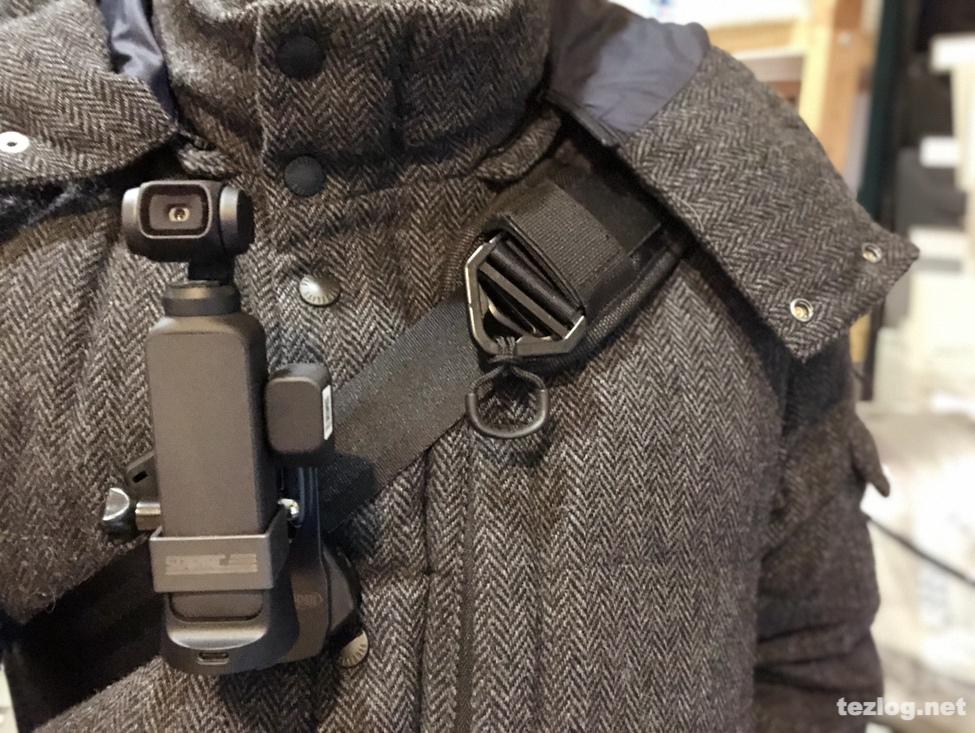 Osmo Pocketをバッグのベルトに取り付け