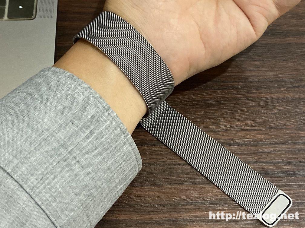 Apple Watch ミラネーゼループの着け方