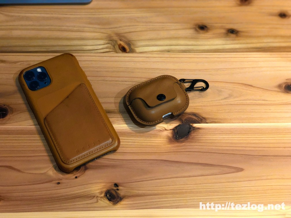 Twelve South AirSnap Pro for AirPods Pro レザーケースと4ヶ月ほど使用したMujjo iPhone 11 Pro Full Leather ウォレット ケース